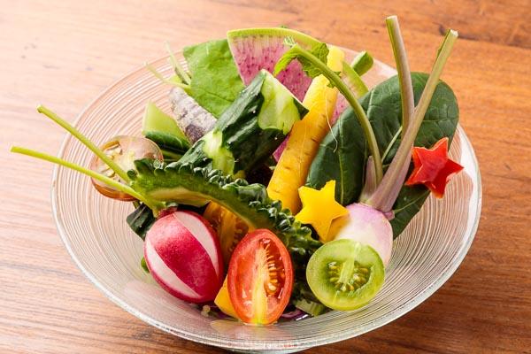栄養豊富野菜の緑黄色サラダ